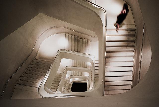 """Imagem: """"Ghost"""", por albertopveiga, no Flickr (licença CCBY)"""